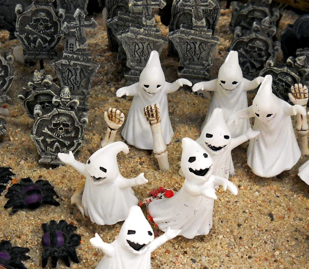 miniatures halloween crop sm