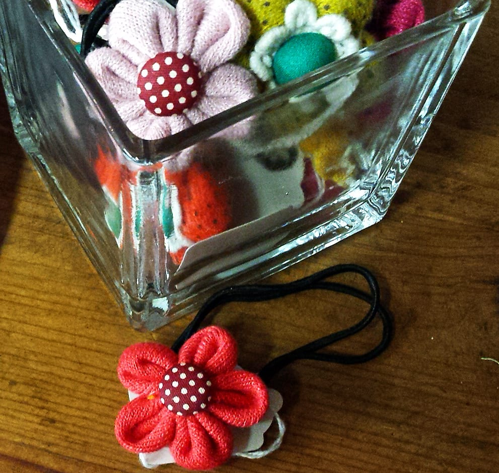 kids fabric flower bracelets in jar Christmas stocking stuffer gift ideas