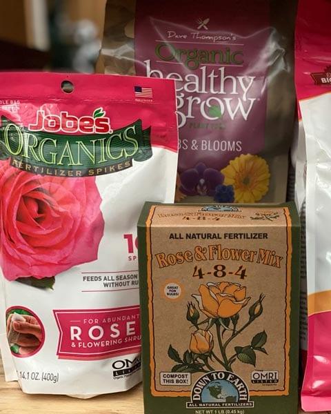 Fertilizing your Roses - Rose Planting Guide